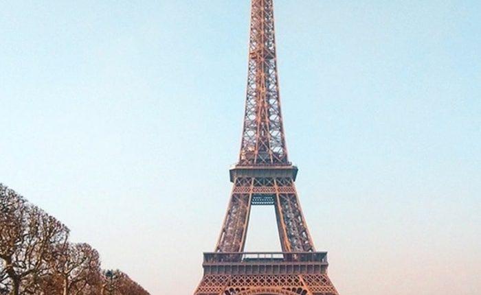 Ingreso a la torre de París