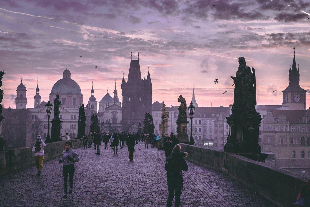 Recorrido a pié por Praga Artística - República Checa