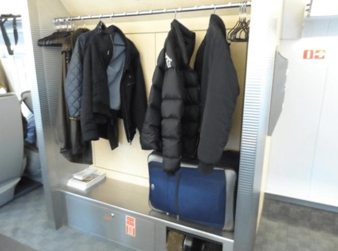 Guarda ropa del tren Sapsan