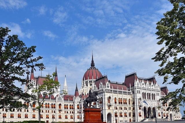 City Tour por Budapest Moderna