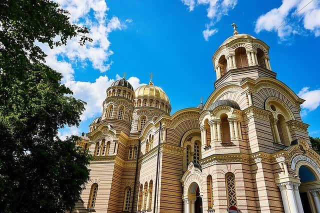 Visita turistica a pie por Riga – Letonia