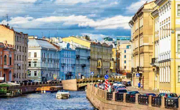 Tour centro de San Petersburgo con paseo en barco
