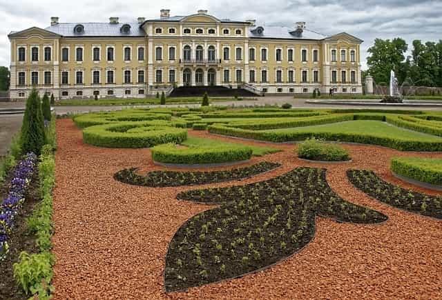 Recorrido por el Palacio de Rundale, en Letonia