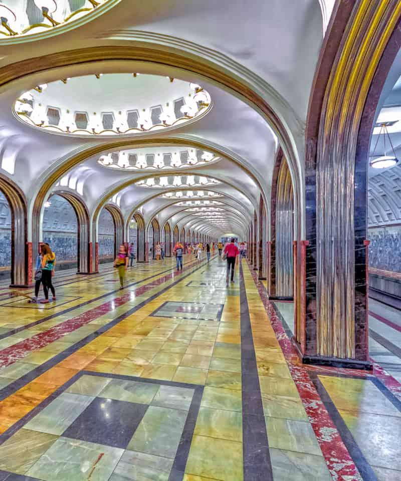 Tour del metro de Moscú