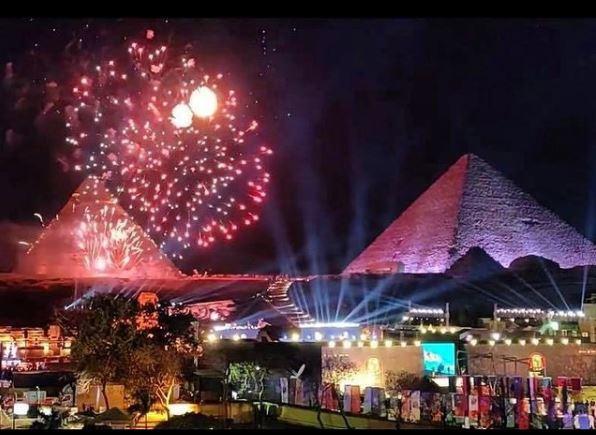 Espectaculo nocturno en Giza