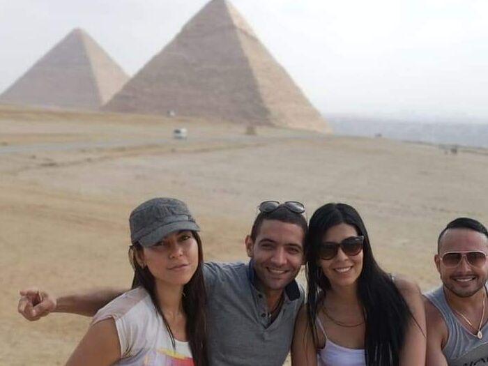 Turistas del tour de escala