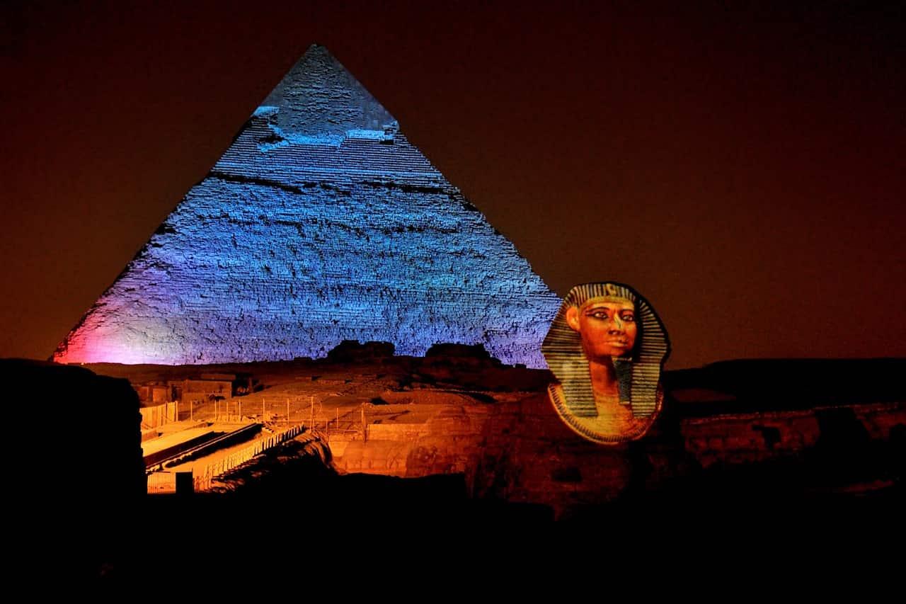 Espectáculo de luces de la pirámide de Giza
